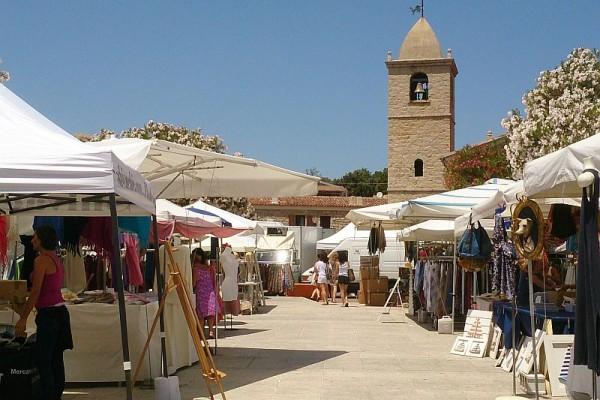 Markt San Pantaleo Sardinien